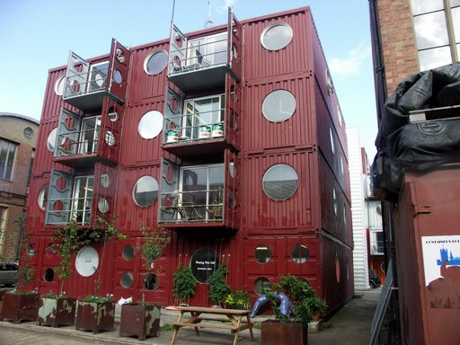 Container city mediaplanete Immeuble container