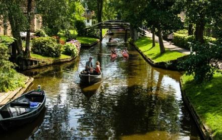 Aux Pays-Bas un village sans route fait rêver les écologistes