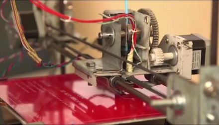 Construction d'imprimantes 3D en Afrique grâce au recyclage et à la débrouillardise